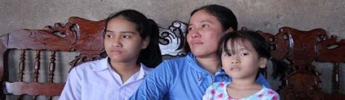 Bé 13 tuổi Quảng Trị mắc suy tủy và giọt nước mắt của người mẹ nghèo